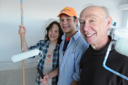 D25 Volunteers painting